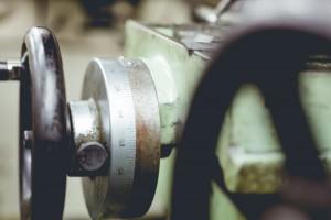 中小企業の設備投資、固定資産税50%軽減